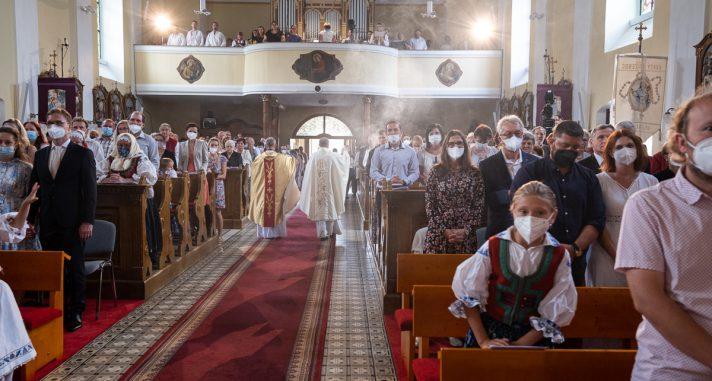 SVĚCENÍ KOSTELA A OLTÁŘE POVÝŠENÍ SVATÉHO KŘÍŽE V HALENKOVĚ